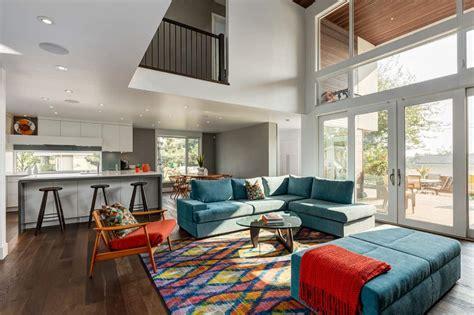 Mid Century Modern Living Room byBESPOEK