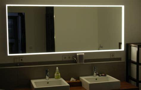 spiegel mit integrierter beleuchtung spiegelbeleuchtung im badezimmer 45 inspirierende beispiele