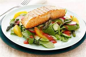 CATALINA Grilled Salmon Salad Recipe - Kraft Recipes