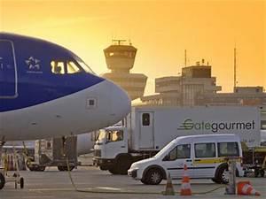 Aeroport De Berlin : car rental in berlin tegel airport sixt rent a car ~ Medecine-chirurgie-esthetiques.com Avis de Voitures