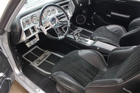 chevelle interior door panels   speakers car audio