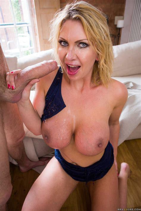 Smoking Hot Woman Needs A Huge Dick Photos Leigh Darby