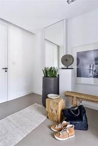 Flur Gestalten Modern : sitzbank flur modern skandinavisch holz fliesen grau skulptur bild kunst einrichtung ~ Markanthonyermac.com Haus und Dekorationen