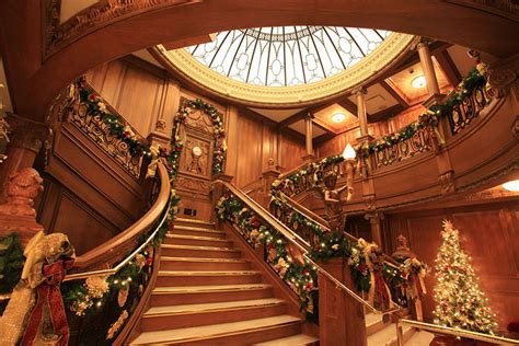 titanic museum attraction christmas pigeon forge tn tennessee staircase winter celebration event attractions tripadvisor official previous fantasy explorebranson overview