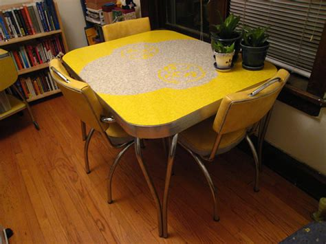 Retro Kitchen Table And Chairs Toronto by Yellow Formica Table On Vintage Design Seeur