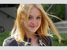 Dakota Fanning Hot Wallpapers HD ~ DISNEY STAR UNIVERSE