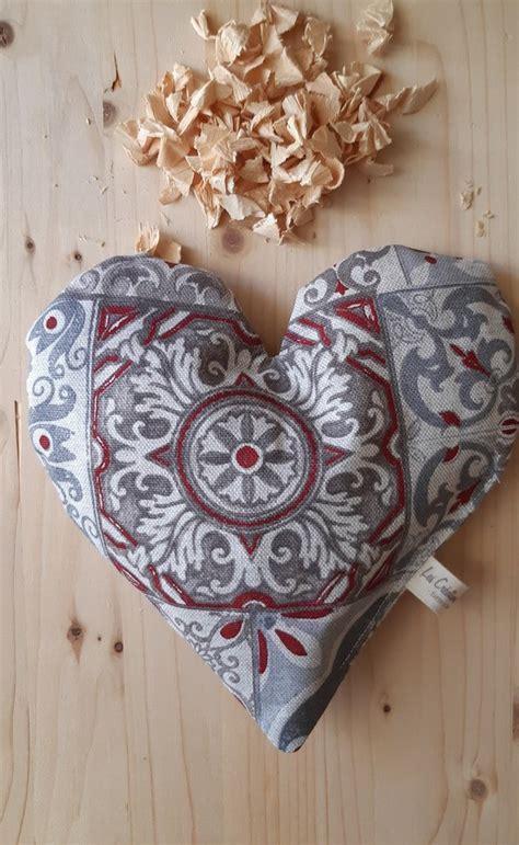 Cuscini di legno di cirmolo /. Cuscino in puro Cirmolo - Per la casa e per te - Bellezza e cura -... | su MissHobby