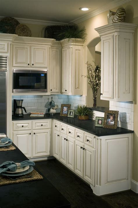love  distressed    cabinets cabinets