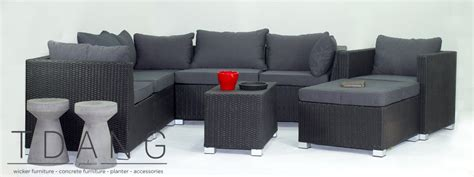 kessler 8 pieces seating in black with cushions