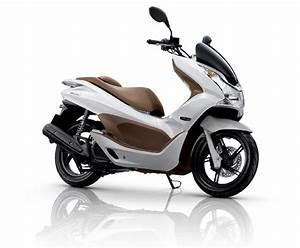 Honda 125 Pcx : honda pcx price in india pcx mileage images specifications ~ Medecine-chirurgie-esthetiques.com Avis de Voitures