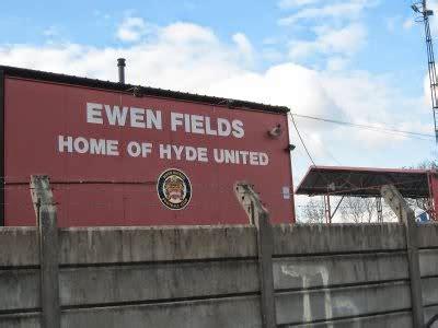Pie and Mushy Peas: Hyde United FC