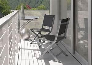 Nábytek na malý balkon