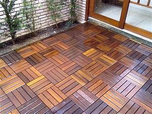 BuildDirect®: FlexDeck Interlocking Deck Tiles - Wood