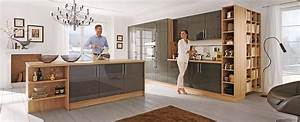 Moderne Küchen Bilder : moderne k chen planen und kaufen bei meda gute k chen ~ Markanthonyermac.com Haus und Dekorationen