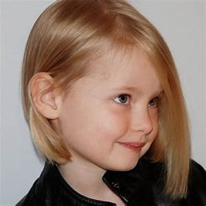 Coupe De Cheveux Pour Enfant : carre plongeant enfant ~ Dode.kayakingforconservation.com Idées de Décoration