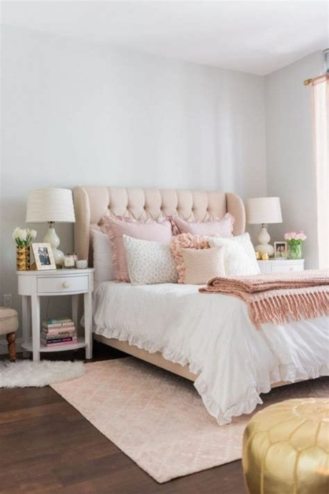 Glam Bedroom by 25 Swoon Worthy Glam Bedrooms Comfydwelling