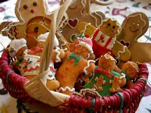 24 cute christmas gingerbread decoration ideas godfather style