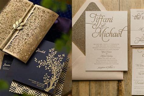 undangan pernikahan tema gold simple mewah  elegan