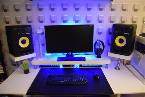 building a studio 334 minimalist bedroom studio desk guide pro music
