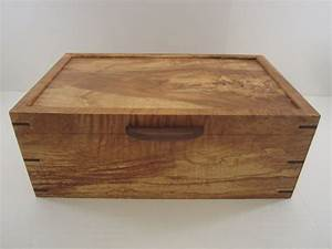 Men's Valet Box With Phone Charging, Arizona Ash - by