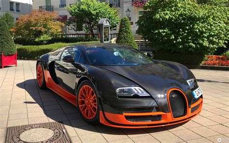 Average is certainly not something bugatti excels in and understandably so. Bugatti Veyron 16.4 Super Sport L'Edition Spéciale Record du Monde - 26 September 2019 - Autogespot