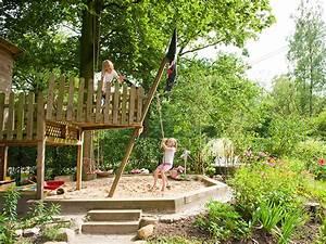 Spielplatz Für Garten : familiengarten mit individuellen spielplatz und zweitterrasse in der abendsonne ~ Eleganceandgraceweddings.com Haus und Dekorationen
