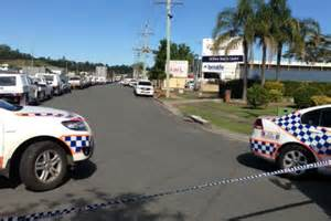 gold coast warehouse evacuated as authorities investigate suspicious device abc news
