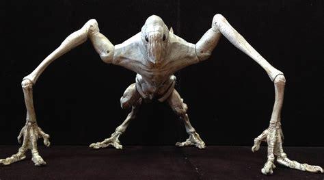 The Kaiju Planet Original Figure Review  Hasbro Signature Series Cloverfield Monster Action Figure