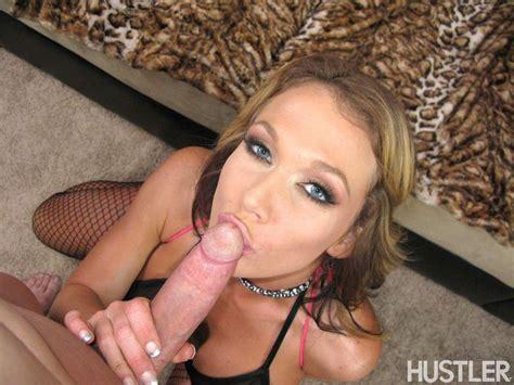 Nikki Sexx Shows Off Her Big Sexy Butt Having Sex 1 Of 2