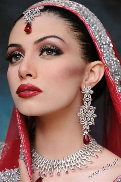 khawar riaz bridal makeup photoshoot services  charges