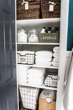 Bathroom Linen Closet Organization Ideas by 375 Best Closet Organization Tips Images In 2019