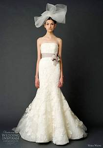 Classical collection of vera wang lace mermaid wedding for Vera wang lace wedding dress