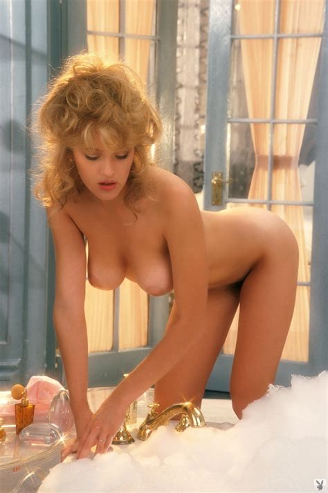 Penny Baker Nude Pics Page 1