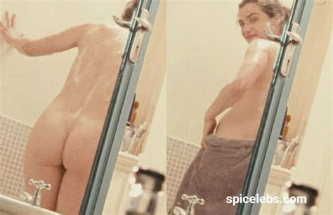 Sexy Rachel Weisz Nude Posing