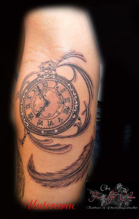 Interessante Ideenschmetterling Tattooidee Frauentattoo by Unterarm Taschenuhr Tattoorosenheim Tattoochris