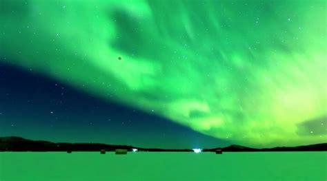 alaska photographer captures super blue blood moon  northern lights