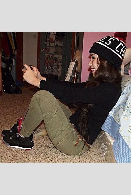 girl wearing jordans   Tumblr   Just Dope!!   Pinterest ...