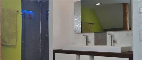 Neue Materialien Für Das Badezimmer