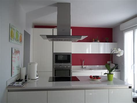 cuisine avec presqu ile cuisine équipé les couleurs de