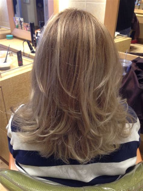 ideas  medium length layered hairstyles
