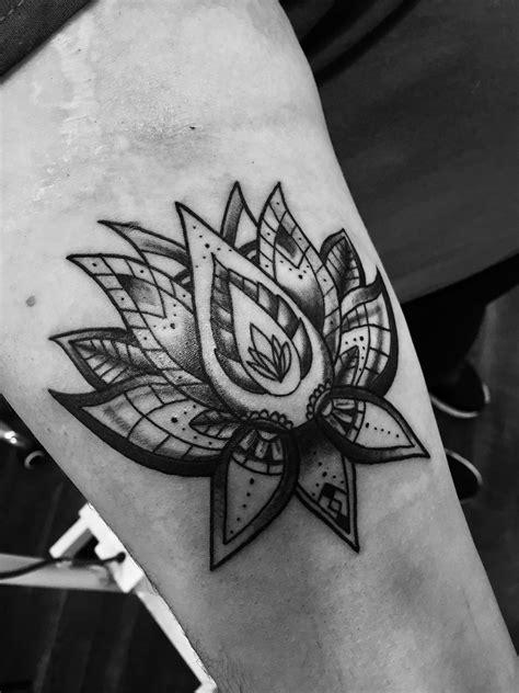 Charlotte, NC Custom Tattoo Shop   Canvas Tattoo & Art Gallery