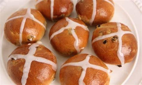 Pastiera recipe italian easter pie laura vitale. Chicken Piccata   Recipe   Hot cross buns, Hot cross buns recipe, Cross buns