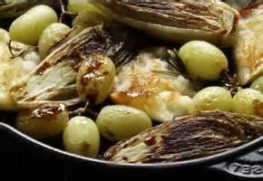 cuisiner avec une cocotte recette cocotte en fonte et plat en mini cocotte individuelle