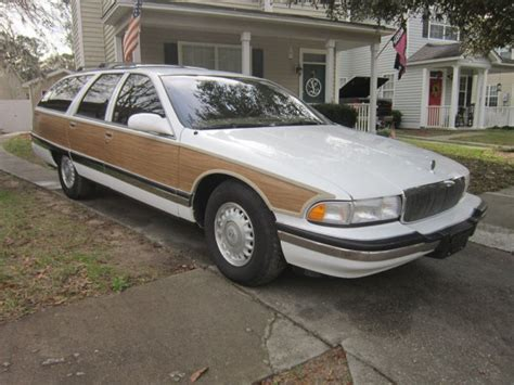 1996 Buick Roadmaster by 1996 Buick Roadmaster Digestible Collectible