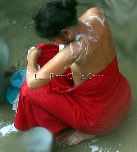 Mallu Girl Hot Bathing Pictures ~ Celebrity Flare