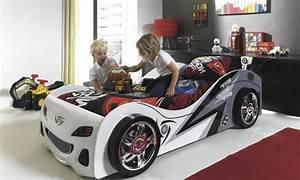 Piece De Voiture : le lit voiture pour la chambre de votre enfant ~ Medecine-chirurgie-esthetiques.com Avis de Voitures