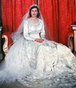 royal wedding gowns through the decades edelweiss With wedding dress of princess elizabeth