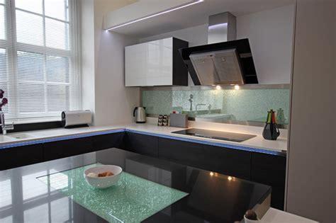 Cracked glass kitchen splashback   Contemporary   Kitchen