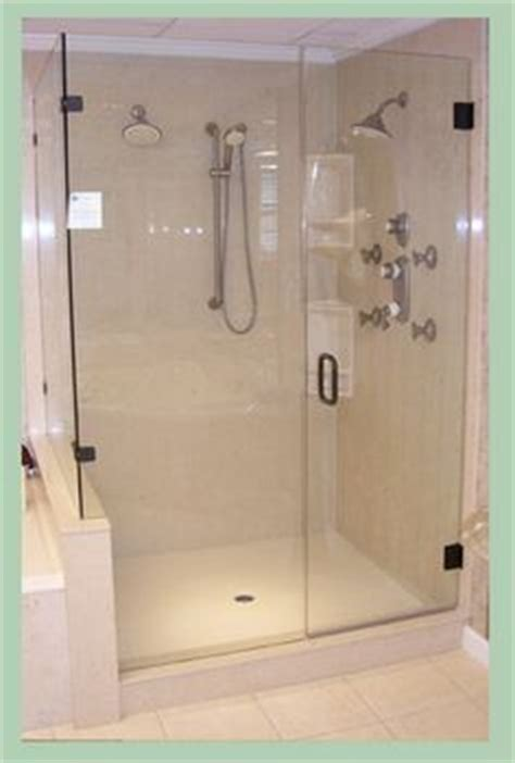 Sit Down Shower Stall by 1000 Images About Small Bathroom On Pinterest Clawfoot