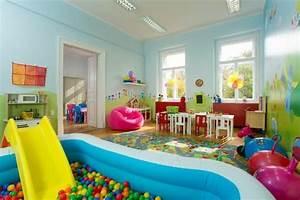 Indoor Rutsche Kinderzimmer : die besten 20 indoor spielplatz ideen auf pinterest ~ Bigdaddyawards.com Haus und Dekorationen